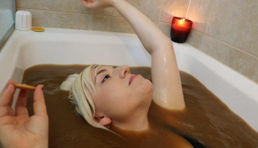 PUMPKIN SPICE LATTE BATH CHALLENGE | 20K SUBSCRIBER SPECIAL ON YOUTUBE!