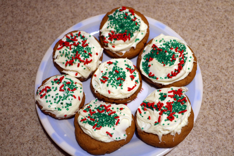 How To Bake Vegan Christmas Cookies Vegan Sugar Cookies Vickie